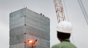 Constructing India´s largest air separation plant in Jamshedpur.